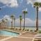 Hotel Sterling Reef