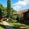 Hotel Kyriad Aix En Provence -Mas Des Oliviers