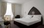 Hotel Una  Palace