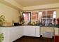 Hotel Econo Lodge  Inn & Suites Maingate Central