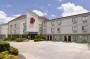 Hotel Plano Inn & Suites