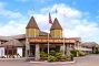 Hotel Royal Coachman Inn & Suites