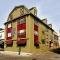 Hotel Americas Cup Inn