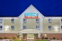 Hotel Candlewood Suites Airport