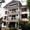 Hotel  White Conch Residency